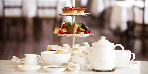 £32 -- Champagne Afternoon Tea for 2 in Cambridge, 47% Off
