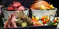 ¥208起 -- 初夏海鲜盛宴!环球美味一站齐  新天地朗廷单人自助 午晚可选 软饮畅饮+赠酒