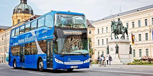 11 € -- Hop-on Hop-off Stadtrundfahrt durch München, -45%