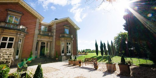 £35 -- Afternoon Tea & Spa Access for 2 nr Hereford, 65% Off