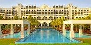 £619pp -- Dubai: 5-Star Jumeirah Holiday w/Flts, Save 50%
