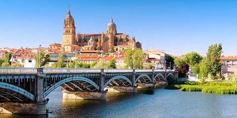 99€ -- Relax en Salamanca: 2 noches hotel 4* con spa para 2
