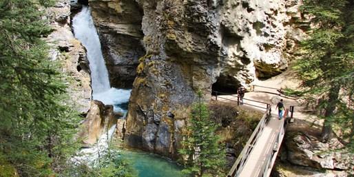 $139 -- Banff: Cottages in Johnston Canyon, Reg. $219