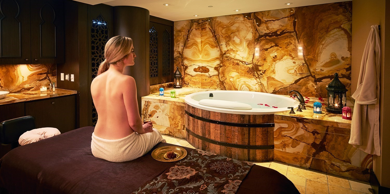 $150 -- Shangri-La Toronto RMT Massage w/Body Scrub