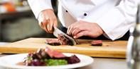 45 € -- Amerikanisches Steak-Buffet im Hilton Köln, -24%