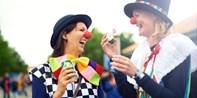 119 € -- Rosenmontag: Tribünentickets mit Getränken & Essen