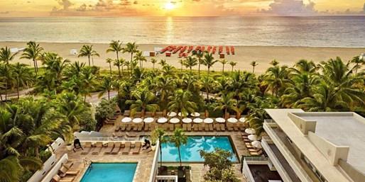 $140 -- Miami: Hip South Beach Hotel w/Extras, 40% Off