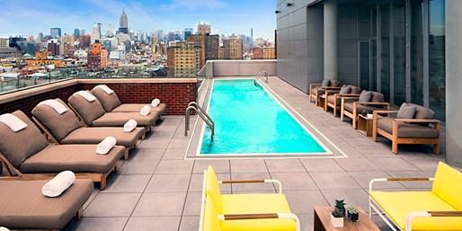 207 € -- New York: Sommer im Design-Hotel mit Dachpool, -45%