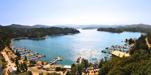 Travelzoo Deal: $225 -- Lake Arrowhead 2-Nt. Cabin Retreat, Save 65%