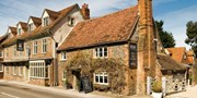£95 -- Oxfordshire Inn Stay inc 3-Course Dinner, Save 43%