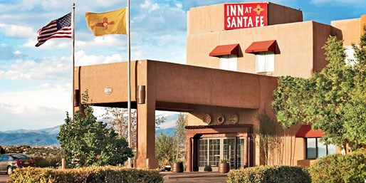 $75 -- Santa Fe Inn w/Breakfast & Drinks thru March, 60% Off