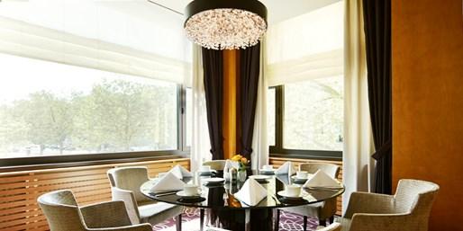 35 € -- Steigenberger: Luxus-Frühstück für 2 mit Sekt