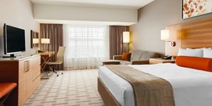 $99-$149 -- Calgary Airport Stay & up to 14 Days Parking