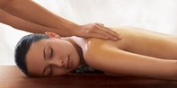 £45 -- Spa Treat inc Massage or Facial, Lunch & Bubbly