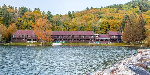 $79-$89 -- Berkshires Lakefront Stay in Fall incl. Weekends