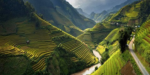 $699pp -- 9-Nt North-to-South Vietnam Tour inc Halong Bay