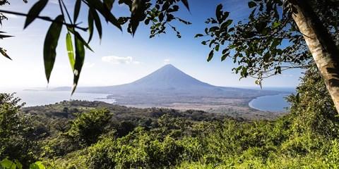 Dsd 2045€ -- Viajazo de 11 días a Nicaragua y visitas, -30%