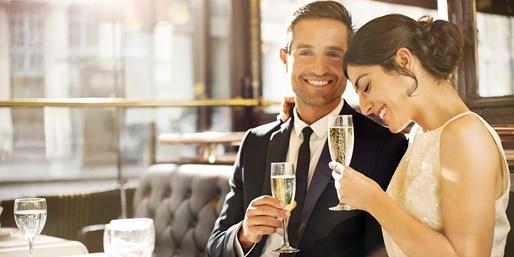 69 € -- Valentinstagsmenü für 2 mit Champagner & Wein, -30%