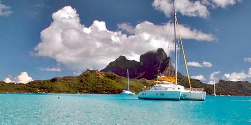 $5895 -- Luxe Tahiti Land & Lagoon Vacation w/Air