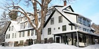 $159 -- New Hampshire: Lakefront B&B w/Lift TIckets, 45% Off