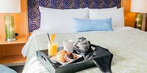 $99 -- Toronto Airport Hotel w/14 Nts. Parking & Breakfast