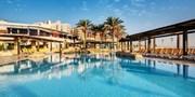 £208pp -- Malta 4-Star Break w/Flights & Breakfast, Save 38%