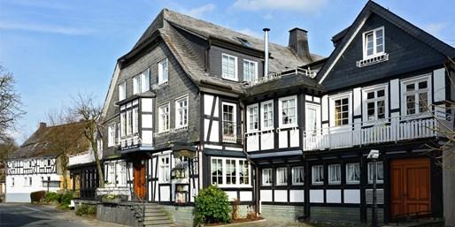 79 € -- Sauerland: Erholungstage im Landhotel & Dinner, -44%