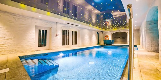 £49 -- 'Stylish' Spa Day inc Facial & Afternoon Tea, 46% Off