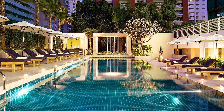 Travelzoo Deal: $99  -- Bangkok: Marriott Stay w/Breakfast & Drinks, 40% Off