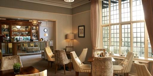 £99 -- Laura Ashley Hertfordshire Manor Stay w/Dinner