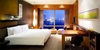 ¥1,888 --【限时两周抢购】!上海外滩茂悦江景房 1 晚 双人自助早晚餐+观光巴士票