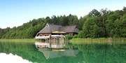 ab 99 € -- Seenplatte: Resort direkt am Wasser & Menü, -33%