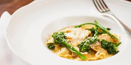 $65 -- North Sydney: Italian Lunch or Dinner w/Wine for 2