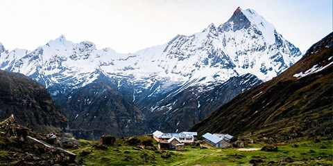 $799 -- 14-Day Nepal Annapurna Base Camp Trek, Save 43%