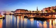 29 € -- Romantische Lichterfahrt für 2 durch den Hafen