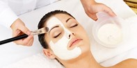 £24 -- Facial inc Skin Analysis in Swiss Cottage, Was £144