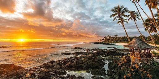 $2499 -- Samoa: Romantic 7-Night, 4-Star Escape w/Air