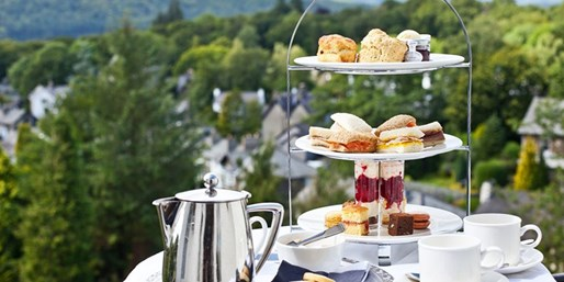 £29 -- Afternoon Tea & Bubbly for 2 w/Lake Windermere Views