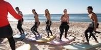 99€ -- Surf Camp: 3 días con todo incluido en Gijón, -51%