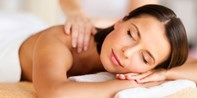 £35 -- Rural Estate: Massage or Facial & Cream Tea