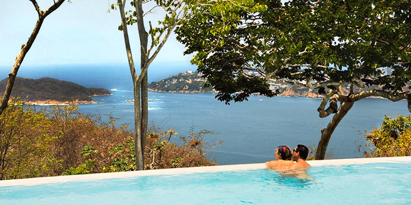 $635 -- Acapulco: 3 Nights at Chic 5-Star Resort, Save $1150