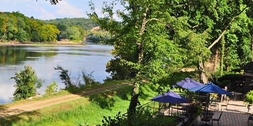$119 -- Rustic Bucks County Riverfront Inn, 40% Off
