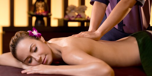 $89 & up -- Award-Winning Spa in Bangkok inc Tea, Save 50%