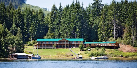 Vancouver Island All-Incl. Fishing Lodge: $925 (Reg. $1540)