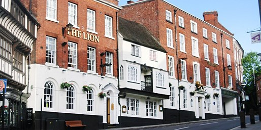 £29 -- 3 Courses & Bubbly for 2 at Shrewsbury Coaching Inn