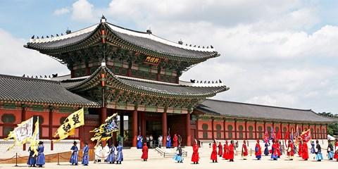 ¥9,800 -- 燃油込 ソウル3日間ツアーが破格値 4-7月発