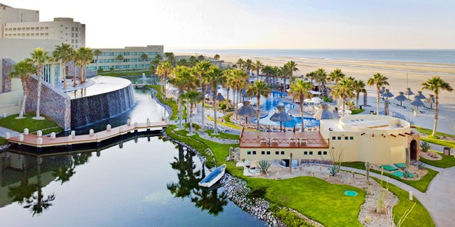 Travelzoo Deal: $549 -- Mexico: 4-Night Rocky Point Escape for 2, Reg. $1720