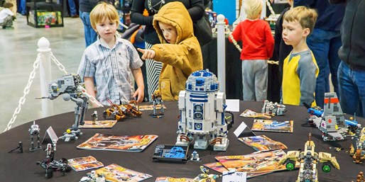$18 -- BrickUniverse: LEGO Fan Weekend Expo, Reg. $30
