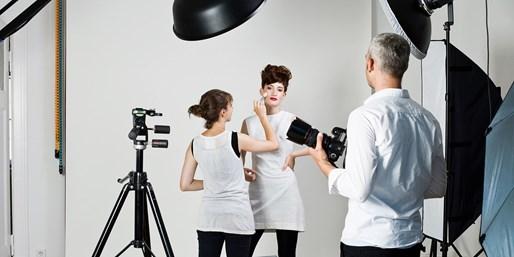 29 € -- Fotoshooting mit Styling im Frankfurter Loft-Studio