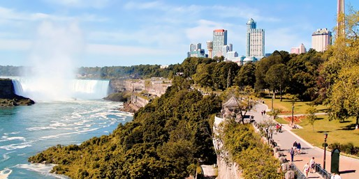 $129 -- Niagara Falls Weekend Stay w/Escorted Winery Tour